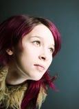 Mirada de Emo   muchacha con el pelo rojo Foto de archivo libre de regalías