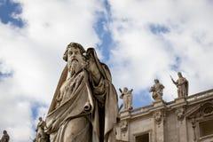 Mirada de Saint Paul en el Vaticano imagenes de archivo