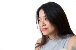 Mirada del concepto futuro, sonrisa adulta de las mujeres del pelo largo asiático del negro Foto de archivo libre de regalías