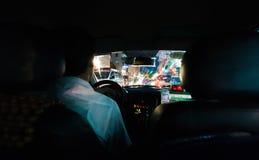 Mirada hacia fuera del taxi de Vietnam Imagen de archivo