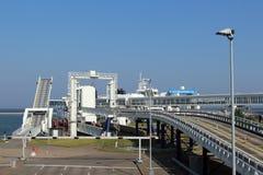 Mirada panorámica sobre el puerto de Puttgarden y de x28; Fehmarn& x29; Foto de archivo