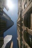 Mirada para arriba en NYC Fotografía de archivo libre de regalías