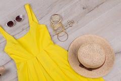 Mirada y accesorios de la moda Imagen de archivo libre de regalías