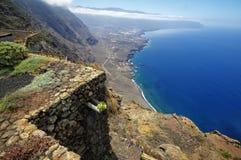 Mirador de la Pena i El Hierro, kanariefågel Royaltyfri Fotografi