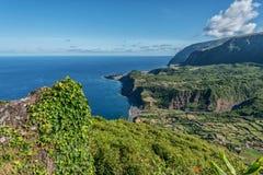 Miradouro fa il portale sull'isola del Flores in Azzorre, Portogallo Fotografia Stock Libera da Diritti