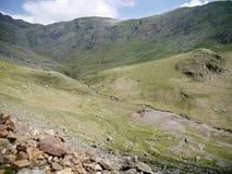 Mirando abajo en el valle rojo de Dell, Coniston Imagen de archivo