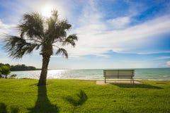 Mirando hacia fuera al mar - Darwin, Australia Imágenes de archivo libres de regalías