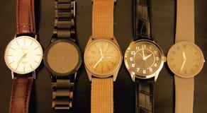 Mire el tiempo Imagen de archivo libre de regalías