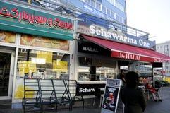 MIRGRANT SCHAARMA fasta food HALAL restauracja fotografia stock