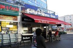 MIRGRANT SCHAARMA fasta food HALAL restauracja zdjęcia stock