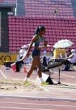 Mirieli Santos von der Brasilien-Gewinnsilbermedaille im Dreisprung auf der Meisterschaft Tampere, Finnland IAAF-Weltu20 am 15. J lizenzfreie stockfotos
