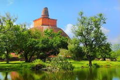 Mirisaveti stupa在Anuradhapura,斯里南卡 库存照片