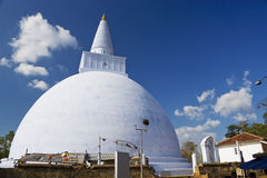 Mirisavetiya Stupa, Anuradhapura, Sri Lanka Lizenzfreie Stockbilder