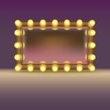 Miroir de maquillage avec des lampes Photos libres de droits