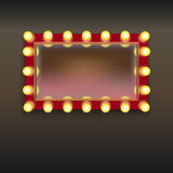 Miroir de maquillage avec des lampes Photographie stock