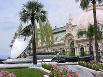 Miroir de Monte Carlo Casino et de ciel photos libres de droits