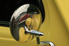 Miroir de véhicule Photographie stock libre de droits