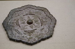 Miroir en bronze antique de la Chine Image libre de droits