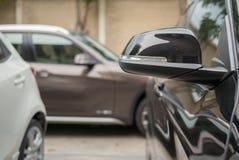 Miroir latéral noir Photographie stock