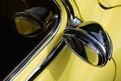 mirror den reflekterade rearviewen Fotografering för Bildbyråer
