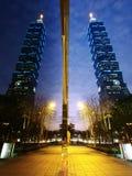 Mirror of skyscraper Stock Photography