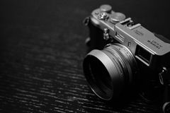 Mirrorless Kamera Fujifilm X100s Stockbilder
