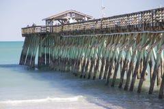 Mirt plaża, Południowa Karolina stanu parka połowu molo fotografia stock