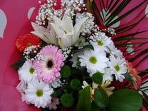 Miscela assortita dei fiori in un mazzo Fotografia Stock