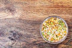 Miscela dei cereali, piselli, lenticchie, riso, orzo Immagini Stock