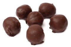Miscela dei dolci delle caramelle di cioccolato isolati su bianco Immagini Stock