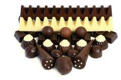 miscela dei dolci delle caramelle di cioccolato su bianco Immagine Stock Libera da Diritti