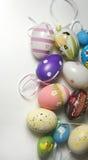 Miscela delle uova di Pasqua vive multicolori Immagini Stock Libere da Diritti