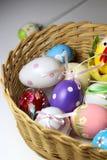 Miscela delle uova di Pasqua vive multicolori Fotografia Stock