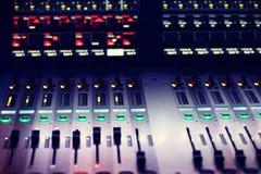 Miscelatore, suono, microfono fotografia stock libera da diritti