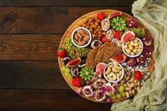 Mischen Sie Früchte und Nüsse, gesunde Diät, türkische Bonbons Lizenzfreie Stockbilder
