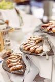 Mischfrüchte und Berry Galette Rustikales Apple, Pfirsich und Blaubeere stockbild