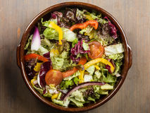 Mischgarten-Salat Lizenzfreie Stockfotos