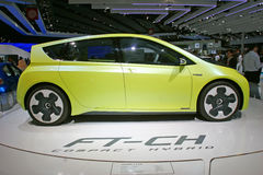 Mischlingauto Toyota-FT-CH Stockfoto