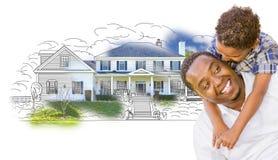 Mischrasse-Vater und Sohn über Haus-Zeichnung und Foto Stockfoto