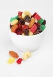 Mischung getrocknete Früchte und Muttern im Cup Lizenzfreie Stockfotografie