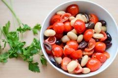 Mischung mit Tomate, Kopfsalat, Gurke stockfoto