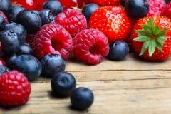 Mischung von differrerent berrie stockfoto