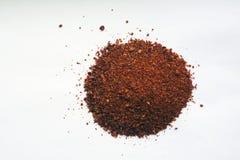 Mischung von Gewürzen auf Weiß stockfoto