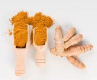 Mischung von indischen Gewürzen und von Kräutern pulverisiert Draufsicht lizenzfreies stockfoto