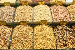 Mischung von verschiedenen Trockenfrüchten und von Nüssen Lizenzfreies Stockfoto