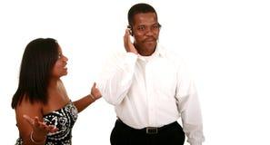 Miscommunication dos pares do americano africano imagens de stock royalty free