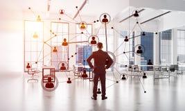 Mise en réseau et concept social de communication en tant que point efficace pour des affaires modernes Images libres de droits