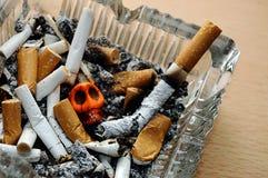 Mises à mort de tabagisme Image stock
