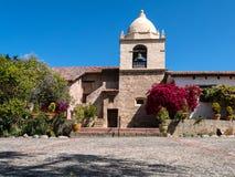 Misión Carmel, exterior colorido foto de archivo