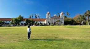 Misión de Santa Barbara de una distancia Imagen de archivo